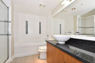 """Photo 13: 18 9133 HEMLOCK Drive in Richmond: McLennan North Townhouse for sale in """"SEQUOIA"""" : MLS®# R2353825"""