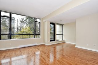 """Photo 3: 18 9133 HEMLOCK Drive in Richmond: McLennan North Townhouse for sale in """"SEQUOIA"""" : MLS®# R2353825"""