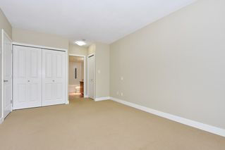 """Photo 12: 18 9133 HEMLOCK Drive in Richmond: McLennan North Townhouse for sale in """"SEQUOIA"""" : MLS®# R2353825"""