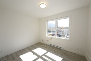 """Photo 5: 307 38013 THIRD Avenue in Squamish: Downtown SQ Condo for sale in """"The Lauren"""" : MLS®# R2364047"""