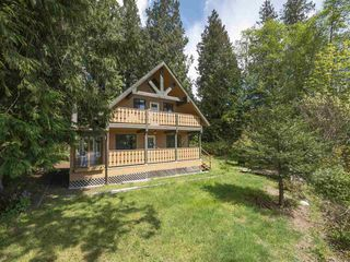 Photo 2: 152 MAHAN Road in Gibsons: Gibsons & Area House for sale (Sunshine Coast)  : MLS®# R2364449