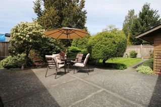 "Photo 14: 15727 88 Avenue in Surrey: Fleetwood Tynehead House for sale in ""Fleetwood"" : MLS®# R2366898"