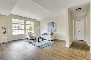 Photo 4: 3218 SYLVIA Place in Coquitlam: Westwood Plateau House for sale : MLS®# R2374115