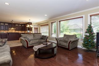 Photo 10: 11018 161A Street in Surrey: Fraser Heights House for sale (North Surrey)  : MLS®# R2383091