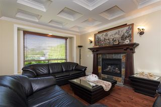 Photo 3: 11018 161A Street in Surrey: Fraser Heights House for sale (North Surrey)  : MLS®# R2383091