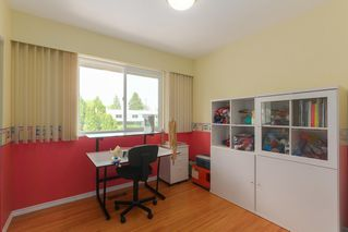 Photo 14: 1687 58 Street in Delta: Beach Grove House for sale (Tsawwassen)  : MLS®# R2385671