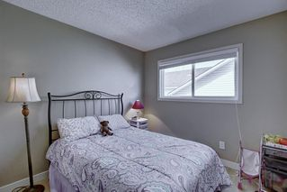 Photo 10: 63 WOODBOROUGH Crescent SW in Calgary: Woodbine Detached for sale : MLS®# C4275508
