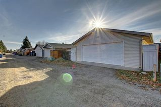 Photo 16: 63 WOODBOROUGH Crescent SW in Calgary: Woodbine Detached for sale : MLS®# C4275508