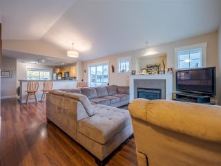 Photo 5: 6250 KEVINS ROAD in Sechelt: Sechelt District House for sale (Sunshine Coast)  : MLS®# R2413408