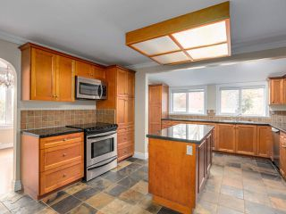 Photo 4: 1437 DUBLIN Street in New Westminster: West End NW House for sale : MLS®# R2421926