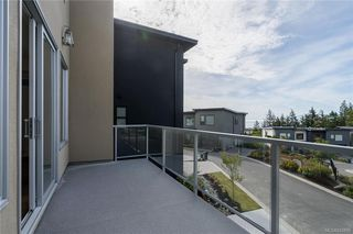 Photo 13: 113 539 Delora Dr in Colwood: Co Royal Bay Row/Townhouse for sale : MLS®# 842858