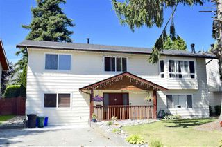 Photo 1: 20845 51B Avenue in Langley: Langley City House for sale : MLS®# R2481065