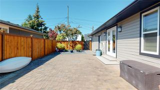 Photo 10: 565 Hawthorne Rise in : PQ French Creek Single Family Detached for sale (Parksville/Qualicum)  : MLS®# 850749