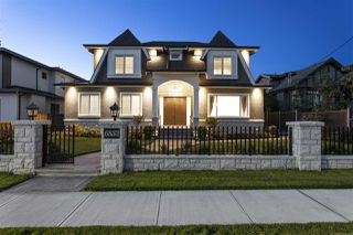 Photo 1: 6833 ADAIR Street in Burnaby: Montecito House for sale (Burnaby North)  : MLS®# R2497117