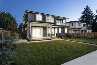 Photo 38: 6833 ADAIR Street in Burnaby: Montecito House for sale (Burnaby North)  : MLS®# R2497117