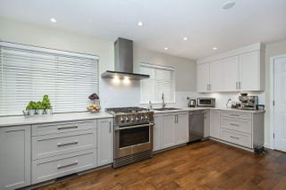 Photo 2: 1521 FINTRY Place in North Vancouver: Capilano NV House for sale : MLS®# R2497427