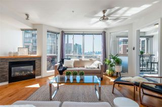 "Main Photo: 303 122 E 3RD Street in North Vancouver: Lower Lonsdale Condo for sale in ""Sausalito"" : MLS®# R2501336"
