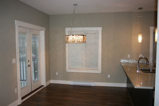 Photo 6: 207 5665 177B STREET in LINGO: Cloverdale BC Home for sale ()  : MLS®# R2044422