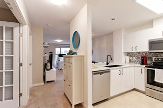 "Photo 8: 402 808 SANGSTER Place in New Westminster: The Heights NW Condo for sale in ""THE BROCKTON"" : MLS®# R2517953"