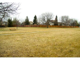 Photo 19: 27 Kilburn Place in WINNIPEG: St Vital Residential for sale (South East Winnipeg)  : MLS®# 1107007