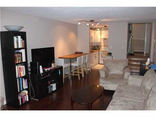 "Photo 2: 108 3680 RAE Avenue in Vancouver: Collingwood VE Condo for sale in ""RAE COURT"" (Vancouver East)  : MLS®# V912746"