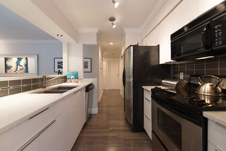 Photo 7: # 103 2110 YORK AV in Vancouver: Kitsilano Condo for sale (Vancouver West)  : MLS®# V1024484