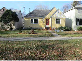 Photo 2: 439 Niagara Street in WINNIPEG: River Heights / Tuxedo / Linden Woods Residential for sale (South Winnipeg)  : MLS®# 1324041