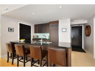 "Photo 2: # 704 1455 HOWE ST in Vancouver: Yaletown Condo for sale in ""POMARIA"" (Vancouver West)  : MLS®# V1010474"