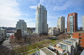 "Photo 11: # 704 1455 HOWE ST in Vancouver: Yaletown Condo for sale in ""POMARIA"" (Vancouver West)  : MLS®# V1010474"