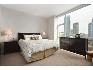 "Photo 10: # 704 1455 HOWE ST in Vancouver: Yaletown Condo for sale in ""POMARIA"" (Vancouver West)  : MLS®# V1010474"