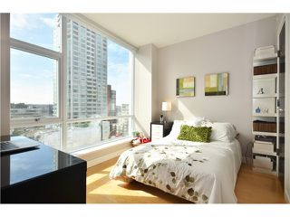 "Photo 7: # 704 1455 HOWE ST in Vancouver: Yaletown Condo for sale in ""POMARIA"" (Vancouver West)  : MLS®# V1010474"