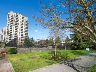"""Photo 15: 512 3588 VANNESS Avenue in Vancouver: Collingwood VE Condo for sale in """"Emerald Park Place"""" (Vancouver East)  : MLS®# V1052889"""