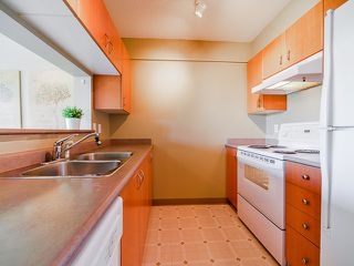"""Photo 5: 512 3588 VANNESS Avenue in Vancouver: Collingwood VE Condo for sale in """"Emerald Park Place"""" (Vancouver East)  : MLS®# V1052889"""