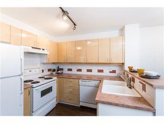 """Photo 7: 401 2680 W 4TH Avenue in Vancouver: Kitsilano Condo for sale in """"STAR OF KITSILANO"""" (Vancouver West)  : MLS®# V1054279"""