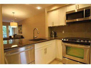 "Photo 3: 30 2978 WALTON Avenue in Coquitlam: Canyon Springs Townhouse for sale in ""CREEK TERRACE"" : MLS®# V1084582"