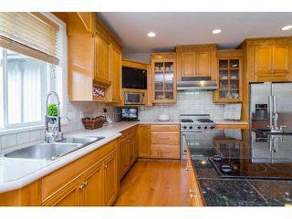 """Photo 6: 16133 MORGAN CREEK Crescent in Surrey: Morgan Creek House for sale in """"Morgan Creek"""" (South Surrey White Rock)  : MLS®# F1442523"""