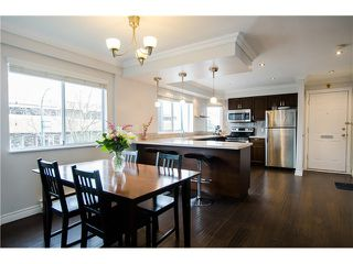 """Main Photo: 1298 W 6TH Avenue in Vancouver: Fairview VW Townhouse for sale in """"Vanderlee Court"""" (Vancouver West)  : MLS®# V1130216"""
