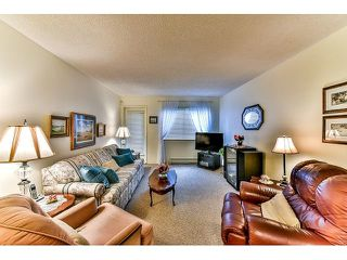 "Photo 2: 209 10644 151A Street in Surrey: Guildford Condo for sale in ""Lincoln Hill"" (North Surrey)  : MLS®# R2003304"