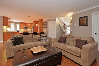 "Photo 10: 21585 86 Court in Langley: Walnut Grove House for sale in ""FOREST HILLS"" : MLS®# R2028400"