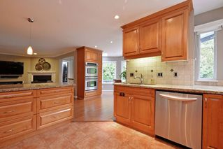 """Photo 8: 21585 86 Court in Langley: Walnut Grove House for sale in """"FOREST HILLS"""" : MLS®# R2028400"""