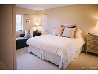Photo 7: 407 1050 Park Blvd in VICTORIA: Vi Fairfield West Condo Apartment for sale (Victoria)  : MLS®# 722013