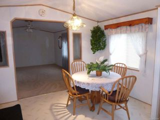 Photo 4: 82 951 Homewood Rd in CAMPBELL RIVER: CR Campbell River Central Manufactured Home for sale (Campbell River)  : MLS®# 724340