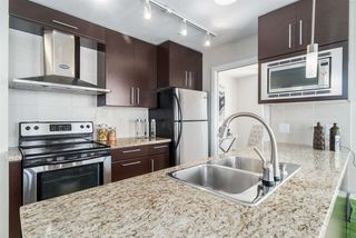 Photo 3: 1708 689 ABBOTT Street in Vancouver: Downtown VW Condo for sale (Vancouver West)  : MLS®# R2060973