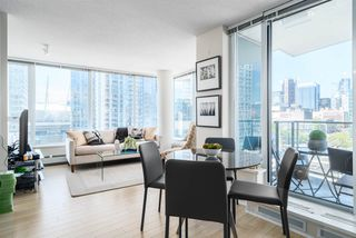 Photo 8: 1708 689 ABBOTT Street in Vancouver: Downtown VW Condo for sale (Vancouver West)  : MLS®# R2060973
