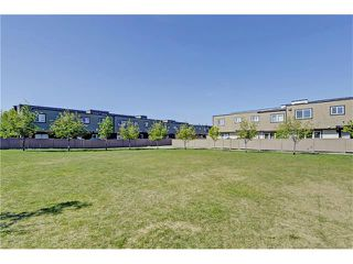 Photo 22: 109 3809 45 Street SW in Calgary: Glenbrook House for sale : MLS®# C4066213