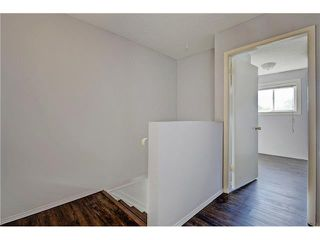 Photo 11: 109 3809 45 Street SW in Calgary: Glenbrook House for sale : MLS®# C4066213