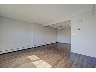 Photo 15: 109 3809 45 Street SW in Calgary: Glenbrook House for sale : MLS®# C4066213
