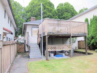 "Photo 6: 1349 E 24TH Avenue in Vancouver: Knight House for sale in ""CEDAR COTTAGE AREA"" (Vancouver East)  : MLS®# R2078291"