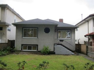 "Photo 1: 1349 E 24TH Avenue in Vancouver: Knight House for sale in ""CEDAR COTTAGE AREA"" (Vancouver East)  : MLS®# R2078291"