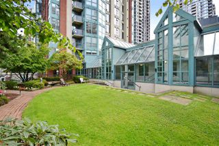 "Photo 19: 706 939 HOMER Street in Vancouver: Yaletown Condo for sale in ""Pinnacle"" (Vancouver West)  : MLS®# R2082268"